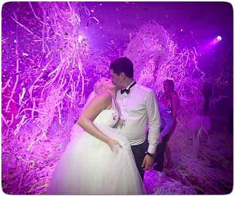 Бумажное шоу в Киеве на свадьбу